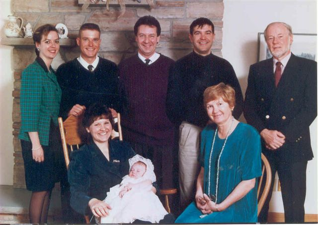 an analysis of our familys gathering in thanksgiving day 1999 Thursday, november 23, 2017 will be the 28th thanksgiving i've lived through following the death of my 18-month-old daughter erin in 1990 the 19th since my wife trici died in 1999 and the 13th since my 13-year-old son rory died in 2005.